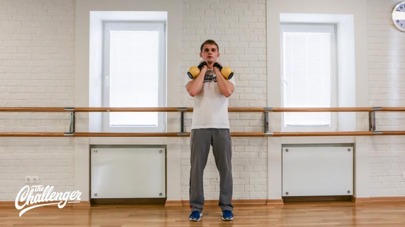 13 упражнений с гирями, которые отлично качают все мышцы. Изображение номер 5