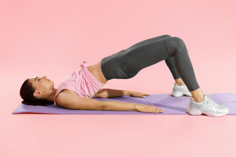 14 эффективных упражнений, которые помогут укрепить спину. Изображение номер 2