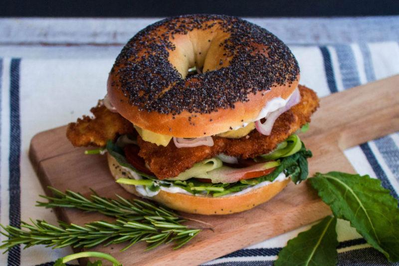 Изображение рецепта Бейгл с курицей и греческим йогуртом