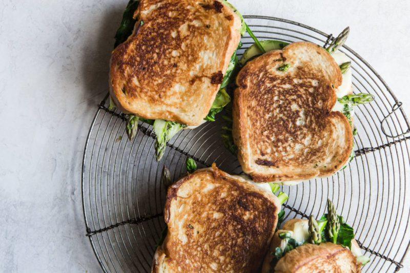 Изображение рецепта Зелёный сэндвич с сыром