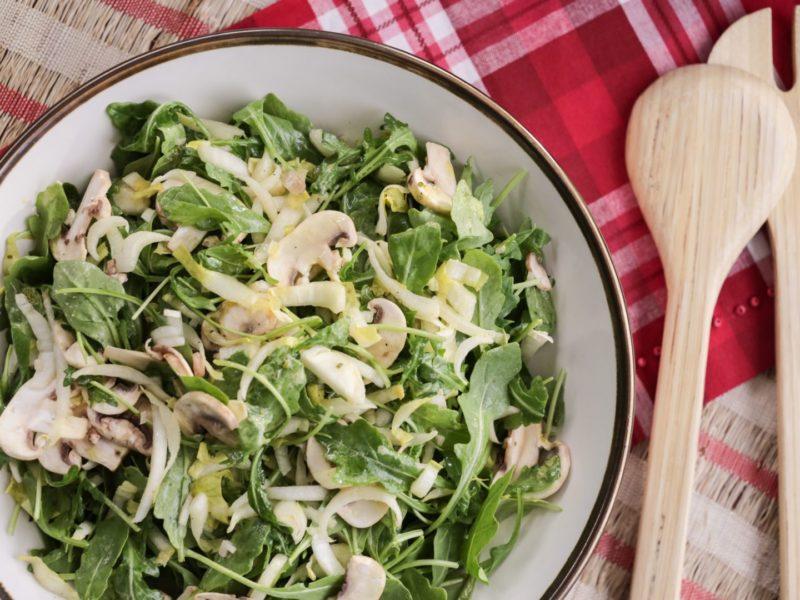 Изображение рецепта Салат с грибами, пармезаном и рукколой