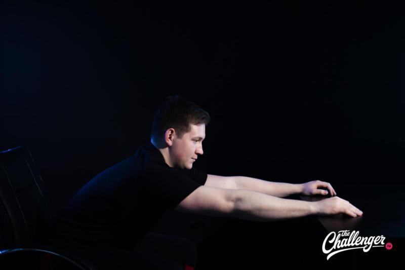 5 упражнений, которые помогут расслабить мышцы спины и шеи. Изображение номер 1