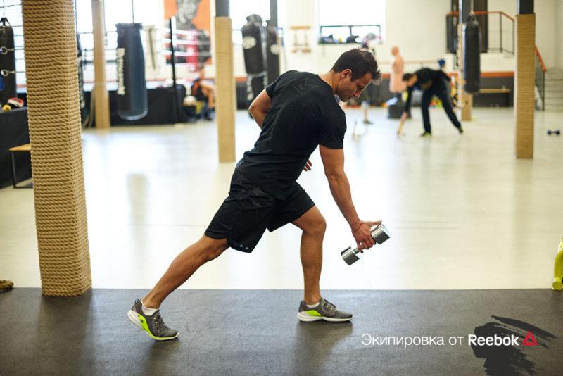 5 упражнений, которые сделают спину прямой и сильной. Изображение номер 11