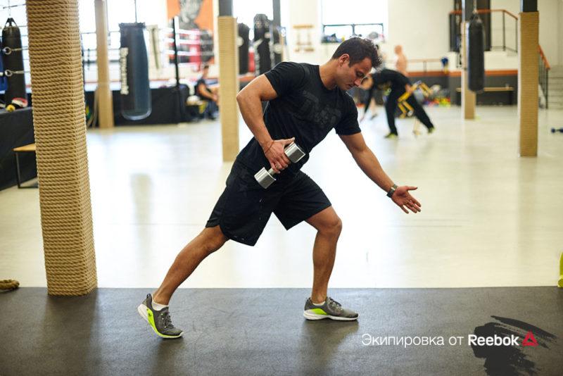 5 упражнений, которые сделают спину прямой и сильной. Изображение номер 12