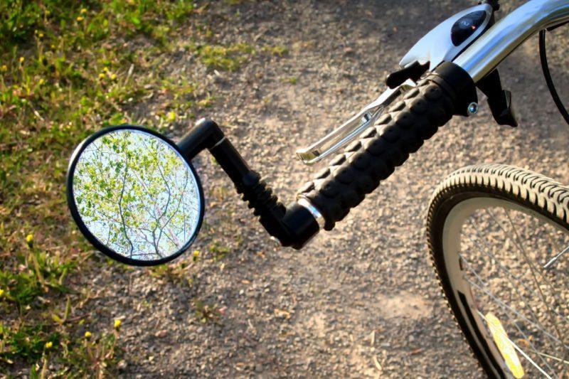 Аксессуары для велосипеда: 9 самых необходимых вещей. Изображение номер 2