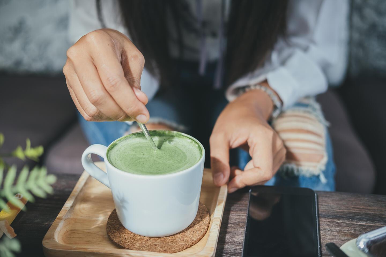 Чем заменить чёрный чай: 4 варианта летних напитков. Изображение номер 4