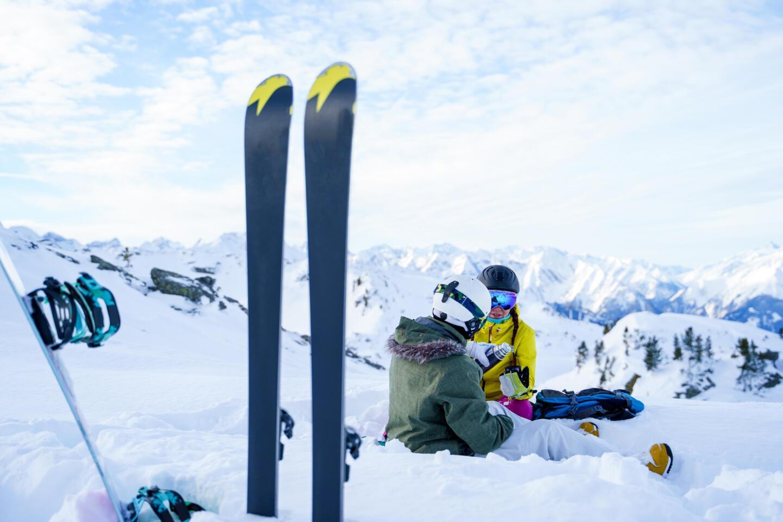 Что подарить на Новый год лыжнику или сноубордисту: 9 идей. Изображение номер 3