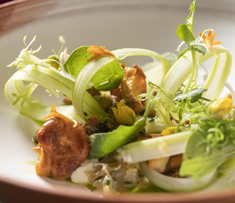 Изображение рецепта Салат с лисичками и кремом из картофеля