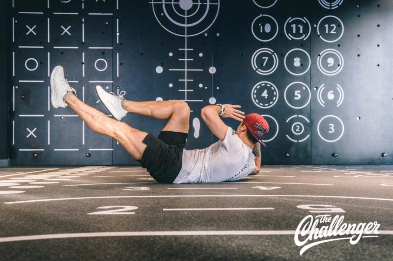 Июльский челлендж: 3 упражнения, которые помогут вам увидеть свой пресс. Изображение номер 2