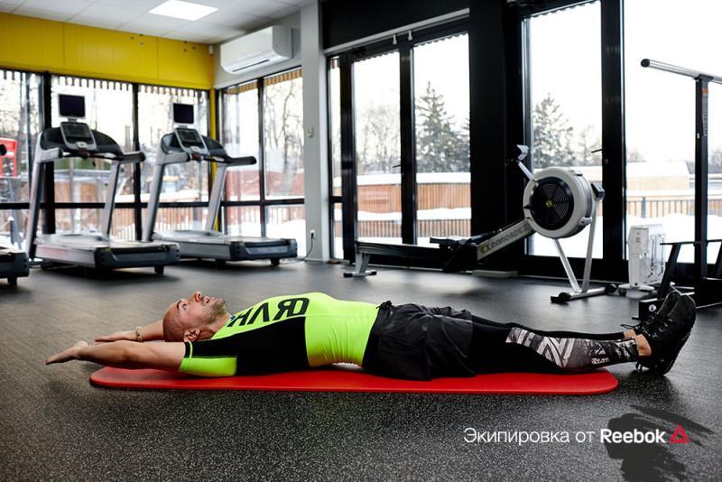Июльский челлендж: безумная тренировка на пресс, которая заставит его гореть. Изображение номер 19