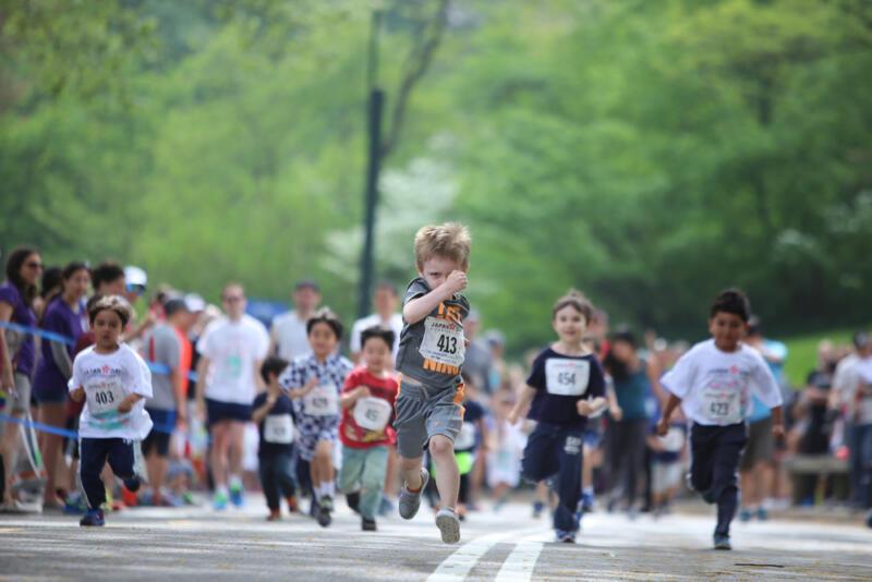 Как безопасно научить ребёнка бегать: советы тренера. Изображение номер 1