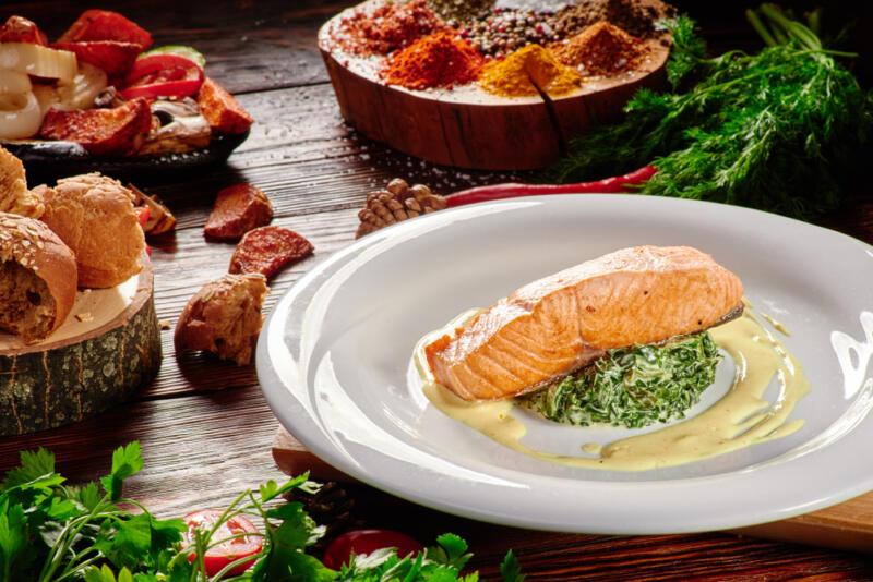 Изображение рецепта Лосось со сливочным шпинатом
