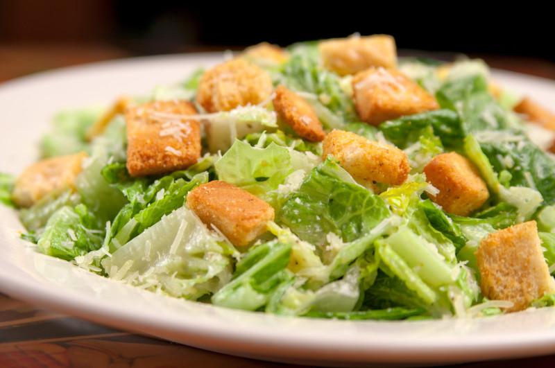 Как приготовить идеальный салат «Цезарь». Изображение номер 5
