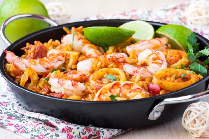 Изображение рецепта Паэлья с кальмарами, креветками и фенхелем