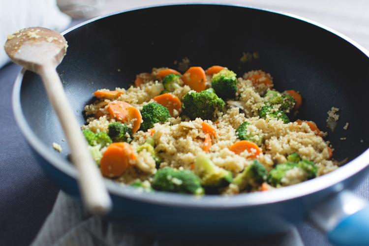 Как приготовить ужин в одной сковороде: 5 полезных рецептов. Изображение номер 1