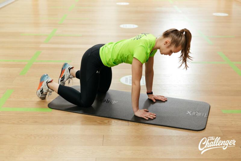 Как укрепить мышцы при диастазе: 6 полезных упражнений. Изображение номер 12