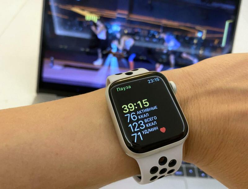 Как устроены Apple Watch Nike Series 6 и помогут ли они тренироваться эффективнее. Изображение номер 3
