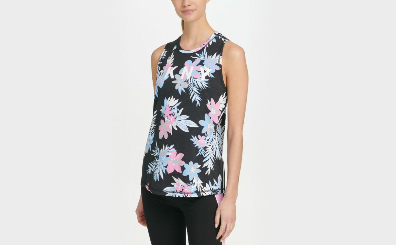 Какую спортивную одежду носить этой осенью: обзор 10 женских моделей от DKNY Sport. Изображение номер 10