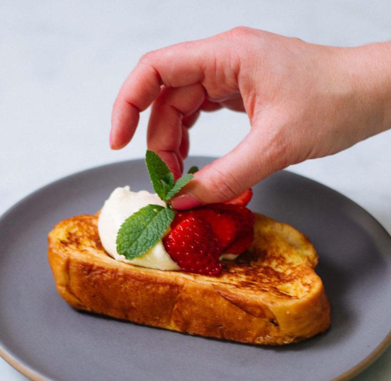 Изображение рецепта Французский тост с рикоттой и клубникой