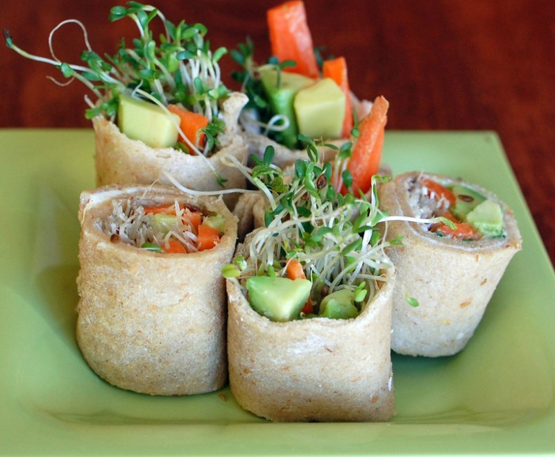 Обед в лаваше: учимся крутить полезные роллы. Изображение номер 2