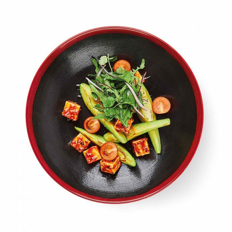 Изображение рецепта Горячий салат «Авокадо хот» с тофу и перечным соусом