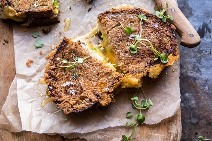 Изображение рецепта Горячие сэндвичи с сыром и брокколи