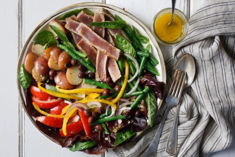 Рецепт дня: салат «Нисуаз» с тунцом. Изображение номер 1