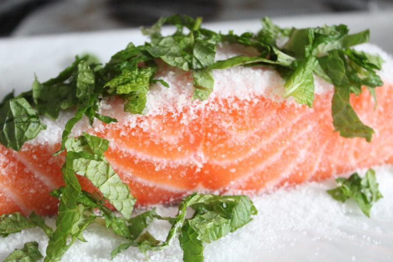 Рецепт дня: слабосолёный лосось. Изображение номер 2