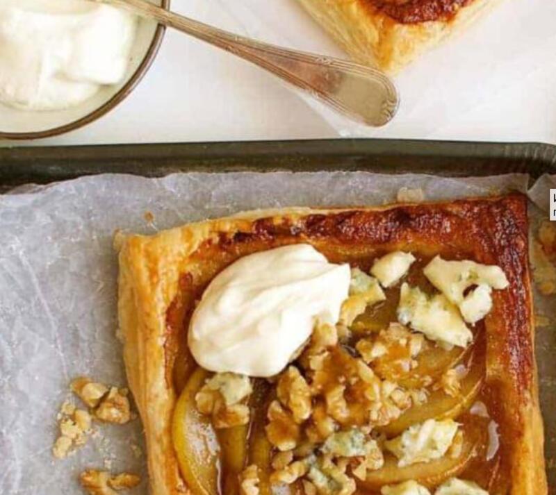 Изображение рецепта Слоёные булочки с грушей и сыром горгонзола