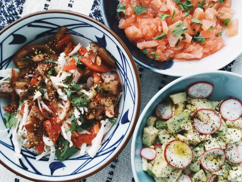 Три простых и быстрых салата: рецепты от Анны Масловской. Изображение номер 2