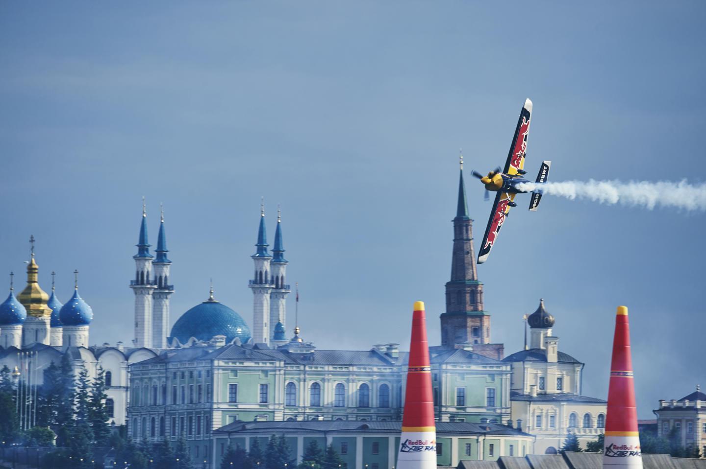 В Казани прошёл Red Bull Air Race: как это было. Изображение номер 1