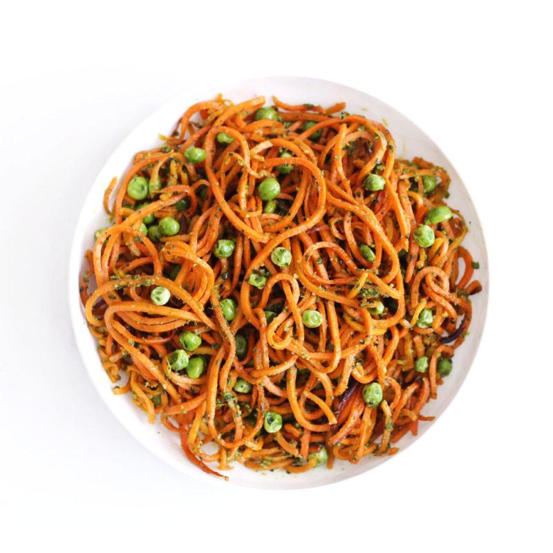 Изображение рецепта Лапша из батата с соусом песто