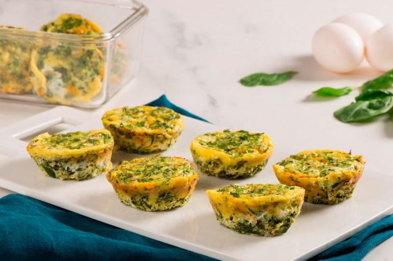 Изображение рецепта Мини-омлеты c творогом и шпинатом